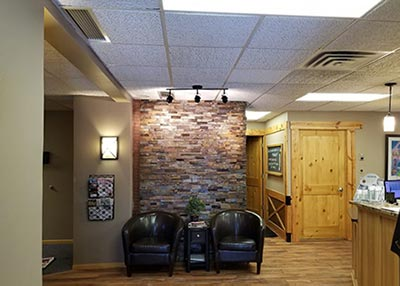 Chiropractic Cottage Grove MN Entrance